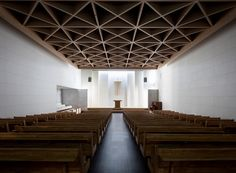 Image 1 of 26 from gallery of Heavenly Gem Church / Lee Eunseok + Atelier KOMA. Photograph by Namgoong Sun Tectonic Architecture, Sacred Architecture, Church Architecture, Religious Architecture, Interior Architecture, Church Interior Design, Church Design, Hall Design, Facade Design