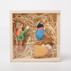 Part of the Ostheimer mini nativity collection. Waldorf-inspired, Ostheimer wooden toys are hand-crafted specially for children to hold and play imaginatively with minimal edges, shapes and colours. They will be handed down and loved for generations. All wood used at Ostheimer is from sustainably managed forests. The slight changes in colour and grain of the wood add to the appeal and individuality of the wooden animals. Comes with a wooden box. Dimensions: from 5cm to 7cm Age: 3+ Hand-crafted i Modern Kids Toys, Creative Toys For Kids, Kids Toys For Boys, Outdoor Toys For Kids, Busy Boards For Toddlers, Best Kids Toys, Diy For Kids, Diy Sensory Board, Kids Toy Boxes