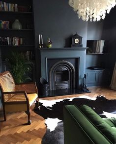 47 Extraordinary Black Living Room Designs That Never Go Out Of Fashion - A living room consists of sofa that has 3 seats or the sofa that has 2 seats. This is one of the most common looks of a room. To make it more unique y. Dark Living Rooms, Living Room Green, My Living Room, Living Room Interior, Living Room Decor, Dark Rooms, Cottage Living, Victorian Living Room, Victorian Fireplace