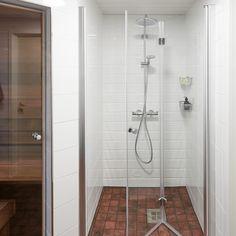 Särmikäs kylpyhuone ja sauna │Laattapiste
