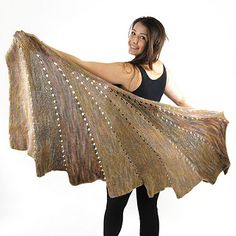 SKEINO's so very popular Arabella Line has been given another addition with the wonderful Arabella Swirl Shawl.