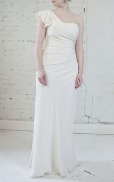 One shoulder. Melissa Sweet. Available pre-owned via Nearlywed for $1,100