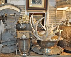 via Velvet and Linen. love the antlers in the vintage silver bowl Rustic Decor, Farmhouse Decor, Vintage Farmhouse, Modern Farmhouse, Flea Market Displays, Antler Art, Antler Crafts, Silver Trays, Vintage Display