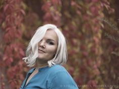 turning leaves#fall#portrait#Weinlaub#was für eine Frau#blonde#Österreich  Sylvia Felbermayr