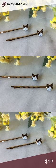 Cat hairpins set of 2 hairpins These adorable cat 🐱 hairpins are black and white cat faces on gold plated metal slide barrettes.  The listing is for a set of 2 cat hairpins.  🎀bundle to receive discount pearl street Accessories Hair Accessories