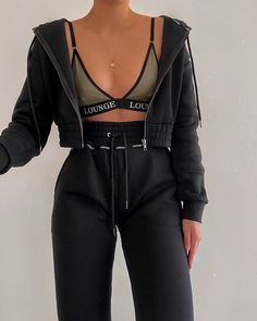# Outfits deportivos Fashion Inspiration And Trend Outfits For Casual Look Cute Comfy Outfits, Chill Outfits, Sporty Outfits, Mode Outfits, Simple Outfits, Stylish Outfits, Fashion Outfits, Vegas Outfits, Woman Outfits