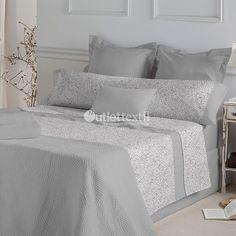 Juego Sábana Franela CELIA Don Algodón. Un suave estampado formado por detalles de estilo paisley, con el que vestirás tu cama durante esta nueva temporada.