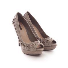 6b8fab86c37960 Ausgefallene Pumps von Zara in Grau Gr. EU 40 - feminin und stylisch Peep  Toes