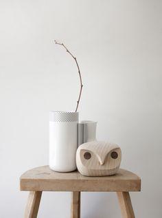 Skandinavischer Understatement-Stil – Noch mehr skandinavisches Design. Die dänische Marke Menu, die inzwischen durch Entwürfe namenhafter Designer wie z.B. Norm Architects oder Hanne Willmann viele Designpreise einheimst, hat mich wie fast alles Skandinavische schwer begeistert…