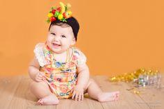 Ensaio fotográfico de acompanhamento Carmen Miranda Bebê, Criança, inspiração Inspiration, baby girl Estúdio fotográfico Stephânia de Flório, em Praia Grande/SP