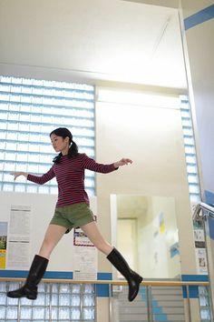 japanese-girl-levitates-natsumi-hayashi-1