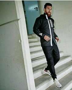 Football News, Results & Transfers Football Players Images, Soccer Players, Football Soccer, Messi Argentina 2018, Messi Beard, Messi Funny, Lionel Messi Biography, Rugby, Messi World Cup