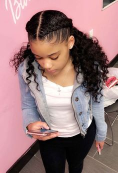 50 Easy Hairstyles For Black Women - - Hair can make you look younger—or older. Choose one of these 50 easy hairstyles approved by hairstylist to rock a new beautiful look. Black Girl Braids, Girls Braids, French Braids Black Hair, Back To School Hairstyles, Little Girl Hairstyles, Graduation Hairstyles, Protective Hairstyles, Braided Hairstyles, Simple Hairstyles