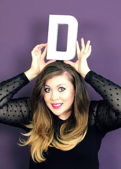 Lovely Louise from Sprinkleofglitter Sprinkle Of Glitter, Baby Glitter, Beauty 101, Hair Beauty, Zoella Hair, Famous Youtubers, Father's Day Specials, Light Brown Hair, About Hair