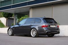 *** Photoshoot SG QUAD-ed : exhaust tips & carbon fiber diffuser *** - BMW Forum Bmw Kombi, Bmw Touring, Bmw 535, Nissan, Bmw Performance, Sports Wagon, Good Looking Cars, Bmw Wagon, Shooting Brake