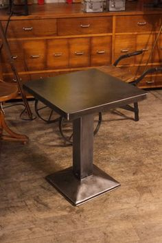 table tolix ancienne