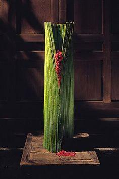 by Daniel Ost Daniel Ost, Design Floral, Deco Floral, Art Floral, Creative Flower Arrangements, Ikebana Arrangements, Floral Arrangements, Flower Show, Flower Art