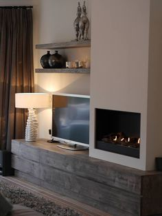 ^^Want to know more about how to mount a tv. Check the webpage for more info****** Viewing the website is worth your time. Home Fireplace, Modern Fireplace, Living Room With Fireplace, Fireplace Design, Home Living Room, Living Room Decor, Family Room, Sweet Home, New Homes
