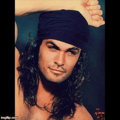Gypsy style,Jason Momoa - Want the beard back! Lisa Bonet, Pretty People, Beautiful People, Jason Momoa Aquaman, Hommes Sexy, Raining Men, Portraits, Mi Long, Taylor Kitsch