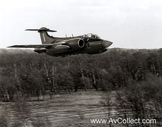 Blackburn Buccaneer, South African Air Force, Navy Carriers, British Aerospace, Army Day, Air Force Aircraft, Thunder And Lightning, War Image, Cheetahs
