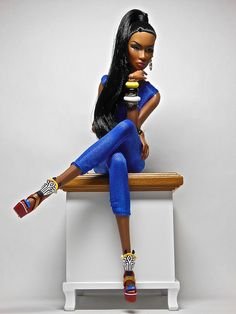 A real beauty of a Barbie in bright blue. And look at those shoes… Barbie I, Black Barbie, Barbie World, Barbie Clothes, Fashion Dolls, Fashion Royalty Dolls, African Dolls, African American Dolls, Beautiful Barbie Dolls