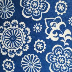 BLUE & WHITE FLOWERS/ paisely; use as F or B.