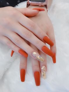 39 Trendy Fall Nails Art Designs Ideas To Look Autumnal and Charming - autumn nail art ideas , fall nail art, fall art designs, autumn nail colors, da. Dark Nail Designs, Fall Nail Art Designs, Perfect Nails, Gorgeous Nails, Hair And Nails, My Nails, October Nails, Fall Acrylic Nails, Acrylic Nails Orange