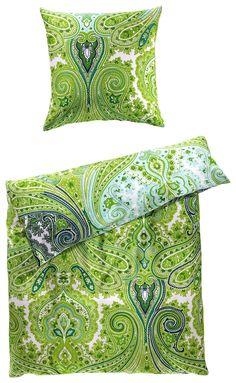Diese Bettwäsche sorgt für gute Laune und bringt frischen Wind in Ihr Schlafzimmer! Kissenhülle und Deckenbezug sind im beliebten Paisley-Muster in den Frühlingsfarben Grün, Türkis und Weiß bedruckt. Peppen Sie Ihr Schlafzimmer mit dieser tollen Bettwäsche auf!