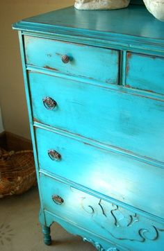 turquoise distressed paint