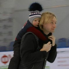 """Plushenko News_Engさんのツイート: """"Dad and son ! ❤️❤️❤️@EvgeniPlushenko and @gnomgnomych -- Thank you photo and video snap by @anais167 @SvetaPoln https://t.co/vZU0kJDBAF"""""""