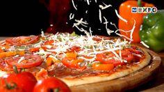 COME LA PIZZA E' DIVENTATA LA PIZZA -  Nata come il piatto dei poveri e snobbata per buona parte del '900 , oggi in Italia ne mangiamo ogni anno 7,6 kg a testa. #RaiExpo #Expo2015 #Milano #cibo #Italia #piatto #pizza #alimentazione