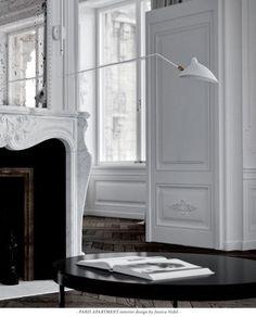 Amazing parisian apartment by interior designer Jessica Vedel. Paris Apartment Interiors, Parisian Apartment, Paris Apartments, Apartment Interior Design, Interior Decorating, Paris Home, French Interior, Antique Interior, White Rooms