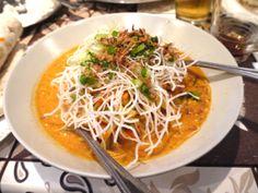 Mandalay - Burmese Cuisine in Edgeware Rd Burmese Food, Vegetable Noodles, Thai Restaurant, Mandalay, Spaghetti, Curry, Vegetables, Ethnic Recipes, Curries