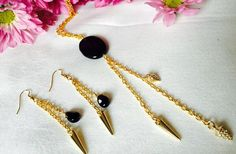 Gold plated chain, Onyx, spikes & rhinestone spike Photo Jewelry, Spikes, Handmade Necklaces, Chain, Gold, Fashion, Moda, La Mode, Riveting