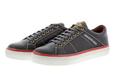 Manchester United Footwear Men lace-up sneaker. Soft premium calfskin leather and breathable textile lining as well as a removable leather insole for maximum comfort and optimum fit. The outer sole as well as the raised edge are made... #shoptheheroes #manchesterunited #sneaker #shoes #lifestyle #reddevil #manchester united #clothes #shoes #soccer