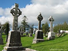 Ballintubber Abbey - County Mayo, Ireland ©2006 paul@cohesionarts.com