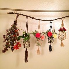 紐で巻いて固定して、空中のお花畑の出来上がり~!
