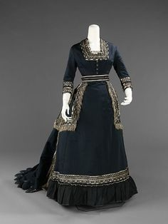 half-mourning dress from 1872-74