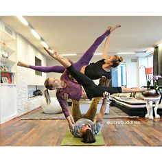 Pin for Later: Gorgeous Shots of Couples Doing Yoga to Inspire Your Day  Source: Instagram user acrobuddhas