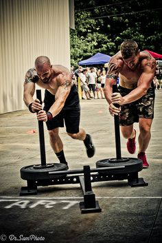 Crossfit Crossfit Men, Crossfit Motivation, Crossfit Athletes, Crossfit Inspiration, Fitness Inspiration, Mma, Reebok, Gym Rat, Powerlifting