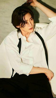 Korean Men, Asian Men, Korean Actors, Lee Jong Suk Cute, Lee Jung Suk, Male Pose Reference, Korean Words, Lee Dong Wook, Male Poses