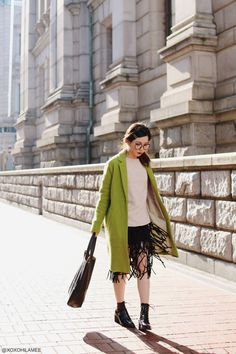 OOTD || Geek Chic Style - xoxo HiLAMEE  #geekchic #geekchicstyle #green #coat #knit #zara #fringedskirt #choies #laceupboots #fauxleather #totebag #glasses #streetstyle #Japanesefashion #blogger #ootd #outfit #xoxoHilamee #MizuhoK #ストリートスナップ #コーデ #ファッションブロガー #コーディネート #チェスターコート #黄緑 #フリンジスカート #ギークシック #メガネ