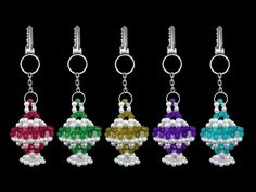How To Make Crystal Beaded Keychain Simple And Easy At Home How To Make Crystals, How To Make Beads, Beaded Jewelry Patterns, Beading Patterns, Diy Crafts Keychain, Shibori, Beaded Crafts, Bead Kits, Beading Tutorials