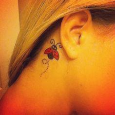 Lady Bug - Tatuajes para Mujeres. Encuentra esta muchas ideas mas de Tattoos. Miles de imágenes y fotos día a día. Seguinos en Facebook.com/TatuajesParaMujeres!