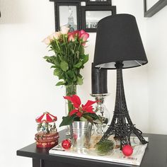 Anni (@fashionhippieloves) • Instagram-foto's en -video's Hippie Love, Hippie Style, Home Living Room, Decorative Bells, Videos, Table Lamp, Table Decorations, Instagram, Inspiration