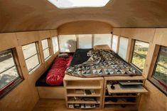 Il transforme un vieux bus de $3000 en espace habitable | w3sh.com