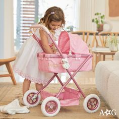 Inspire sweet moments with Bitty Baby®. Baby Dolls For Toddlers, Baby Doll Accessories, All American Girl, Baby Learning, Bitty Baby, Girl Online, Love Design, Ava, Baby Strollers
