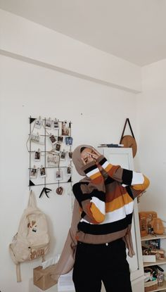 Casual Hijab Outfit, Ootd Hijab, Girl Hijab, Hijab Chic, Muslim Fashion, Ootd Fashion, Fashion 2020, Teen Fashion, Fashion Ideas