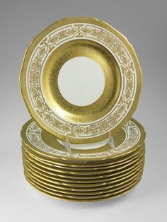 gold china dinnerware Dinner Sets, China Dinnerware, Fine China, Serving Dishes, Cupboard, Galleries, Palace, Table Settings, Interiors