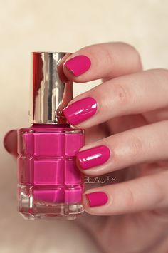 Fuchsia Palace, new Loreal color Richie L'Huile Nail Polish. This polish is oil infused. Cute Pink Nails, Fun Nails, Nice Nails, Pink Nail Designs, Nail Designs Spring, Loreal Nail Polish, Paris Nails, Love Makeup, Hair Makeup